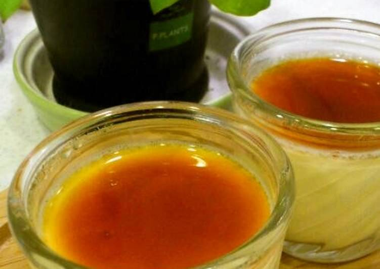 Recipe of Perfect Creamy Egg Yolk Custard Pudding