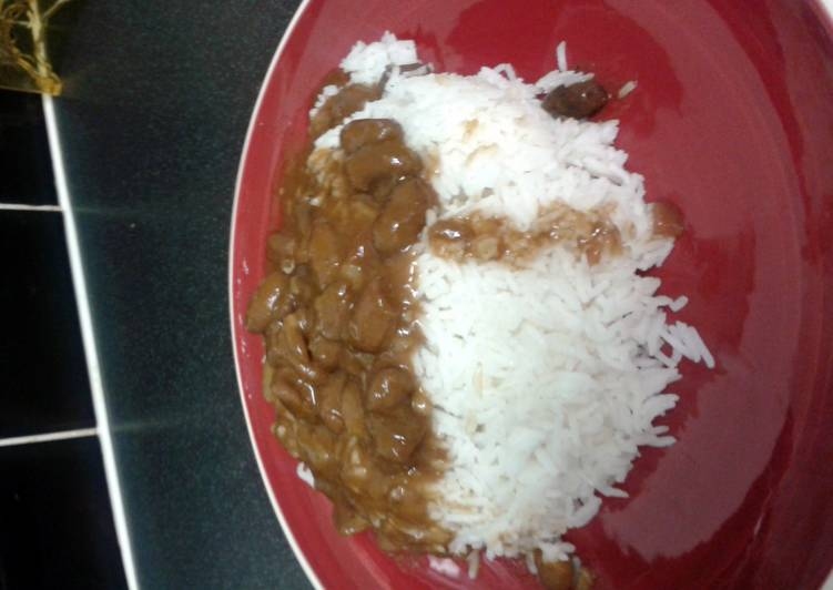 Recipe: Appetizing Nabs's beans in tomato sauce