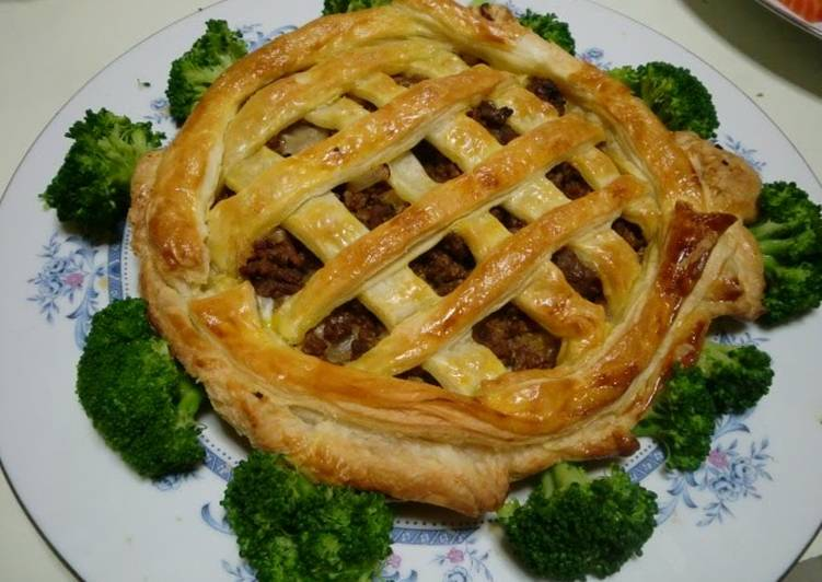 10+ Dinner Ideas Favorite Meat Pie with Mozzarella Cheese