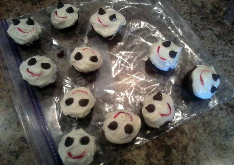 The Simplest Way to Cook Delicious Mini Ghost Cupcakes