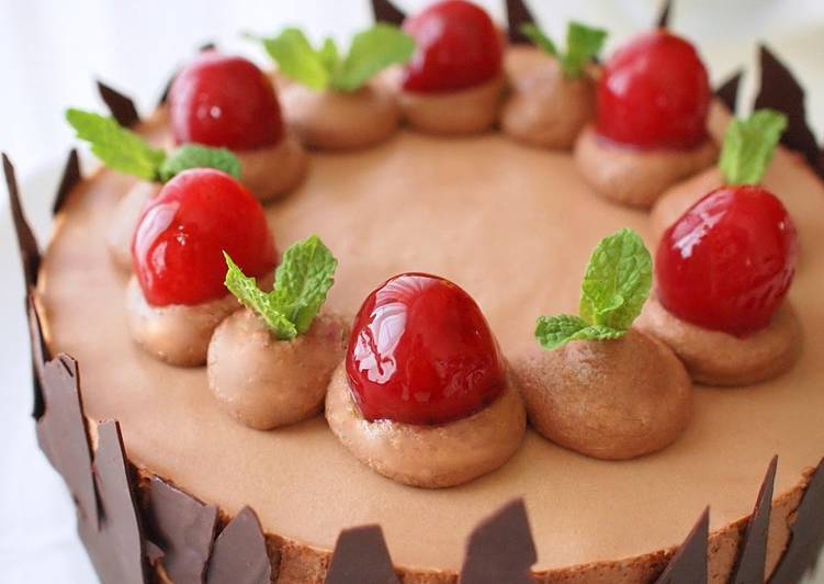 Cherry and Chocolate No-Bake Cheesecake