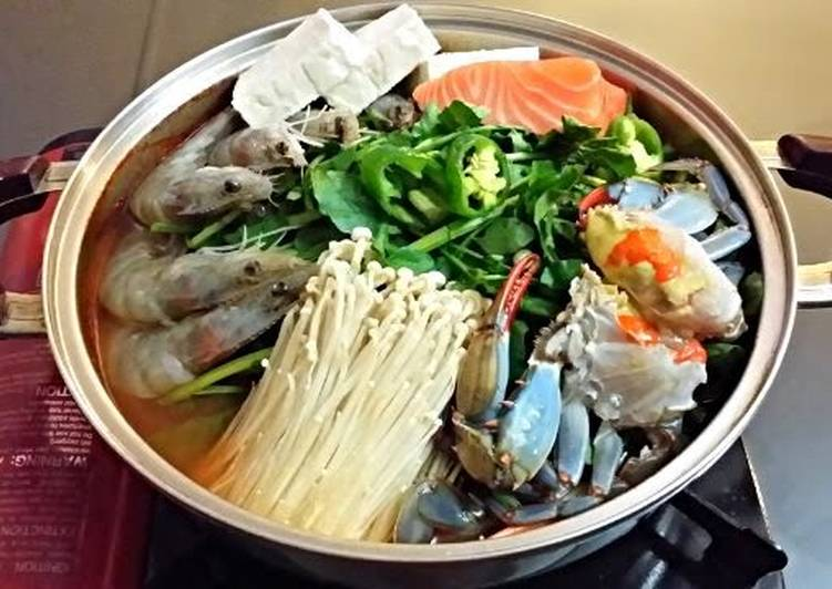 Easiest Way to Prepare Appetizing Korean spicy seafood pot
