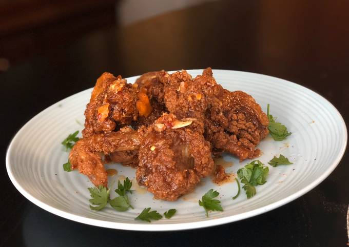 Crunchy Fried Chicken with Sweet and Spicy Drizzle