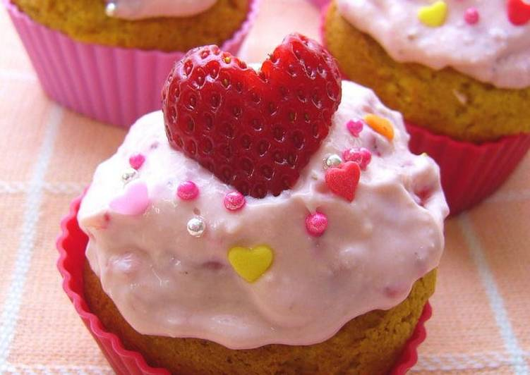 Steps to Prepare Any-night-of-the-week Decked-out Strawberry Muffins