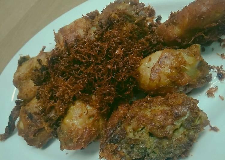 Ayam Goreng Kelapa