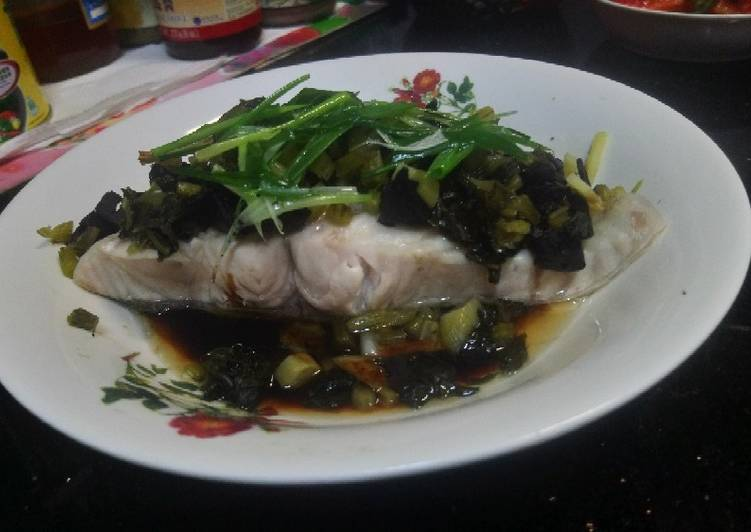 Recipe of Quick Steamed fish belly