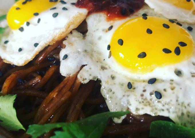 Recipe: Tasty Quail eggs with rice noodles