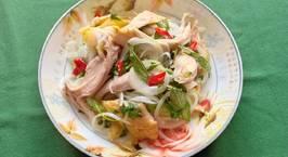 Hình ảnh món Gỏi gà hành tây rau răm