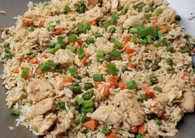 Recipe: Appetizing Chicken Fried Rice