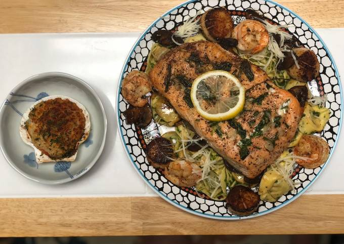 Salmon, Shrimp & Scallops