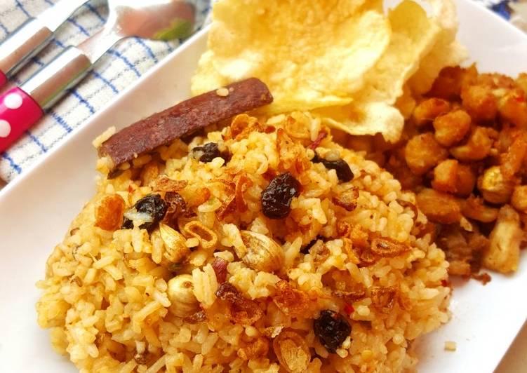 nasi-kebuli-ayam-rice-cooker