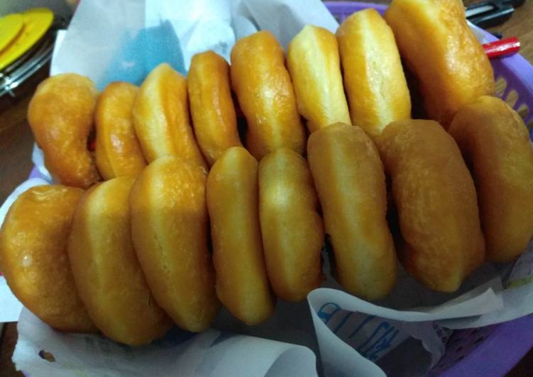 Donut empuk topping glaze ala JCO