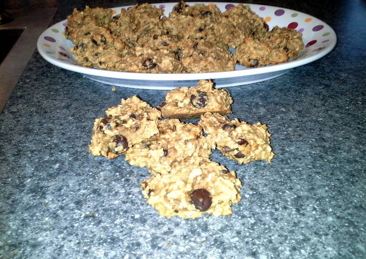 Tricia's peanut butter oatmeal drop cookies