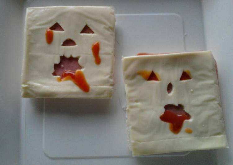 Ladybirds Ghost Sandwiches