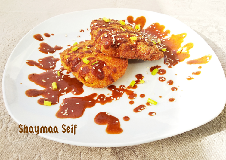 Recipe: Yummy Fried crispy chicken with chocolate sauce