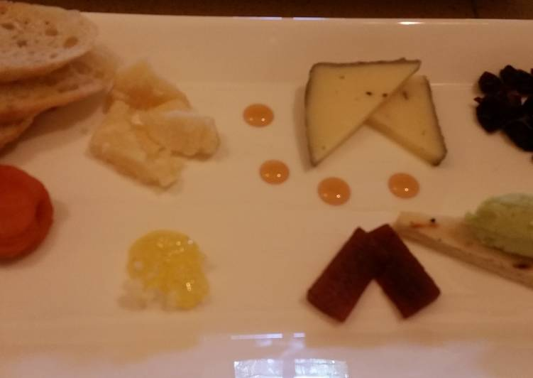 Cheese platters for wine pairing