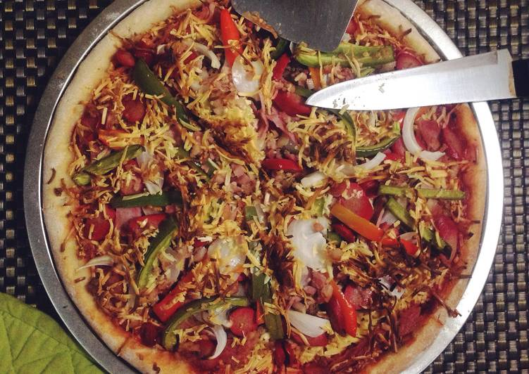Easy Squeezy Homemade Hand-stretched Pizza