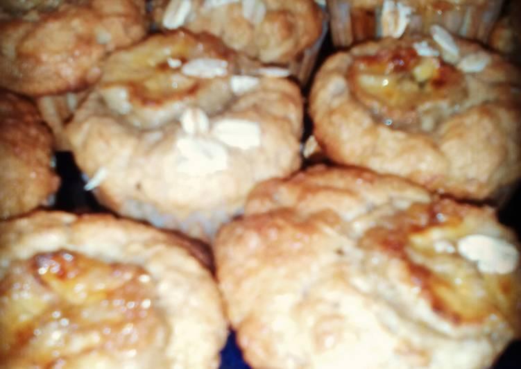 Banana Maple Oat Mini-Muffins