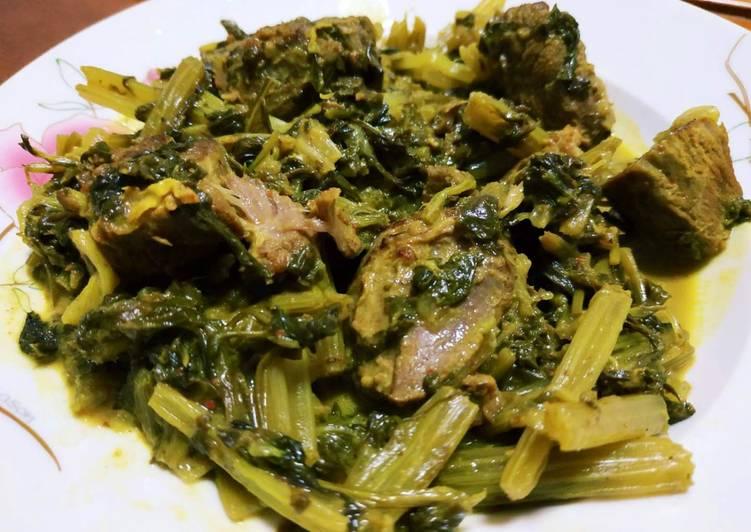Recipe of Super Quick Homemade Khoresh Karafs (Celery stew)