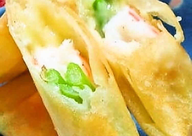 Easy Homemade Easy Shrimp and Asparagus Salad Spring Rolls Recipe