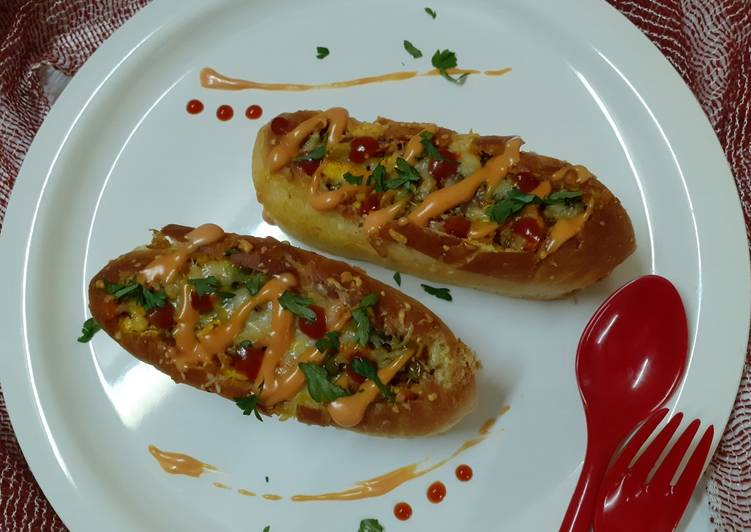How to Cook Delicious Cheesy paneeri hot dog