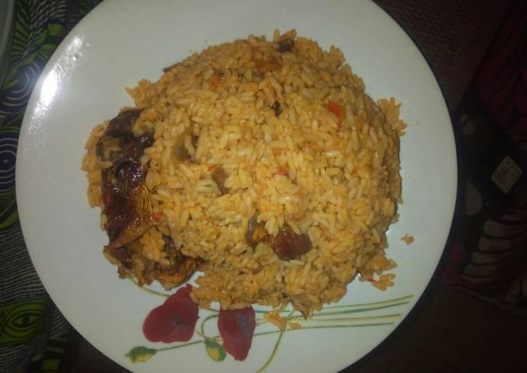 Steps to Prepare Homemade Jollof rice with fish
