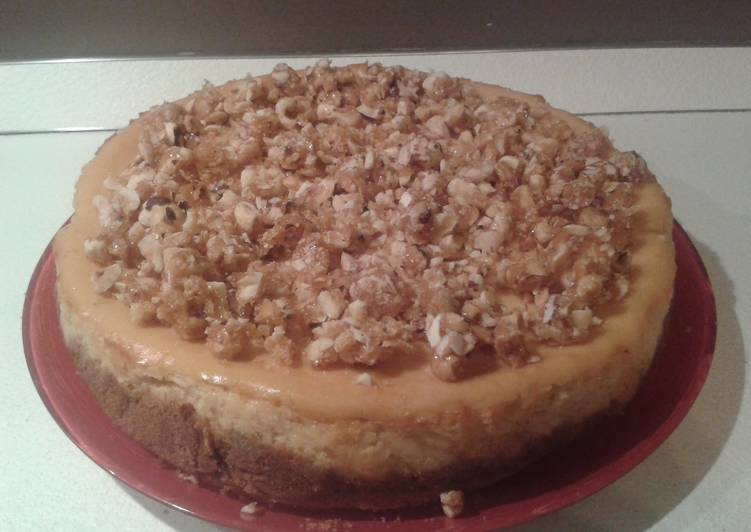 'Dulce de Leche' ricotta cheesecake with caramelized hazelnuts