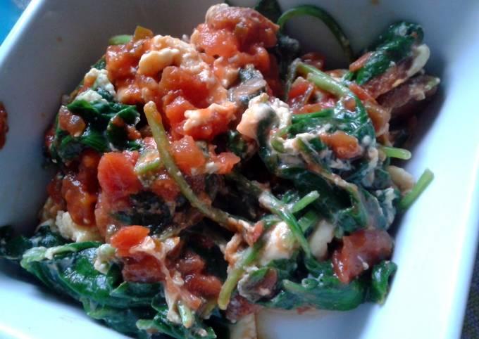 Salsa Eggs with Chorizo & Spinach