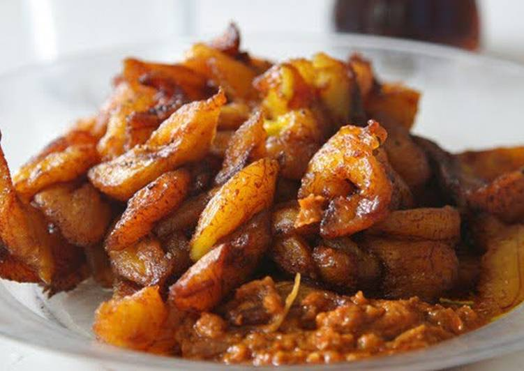 Alloco( Fried Plantains)