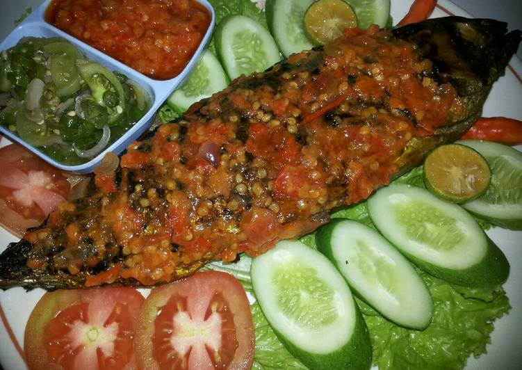 Bagaimana Cara Untuk Membuat Resep Ikan Bakar Rica Dabu Dabu Yang Nikmat