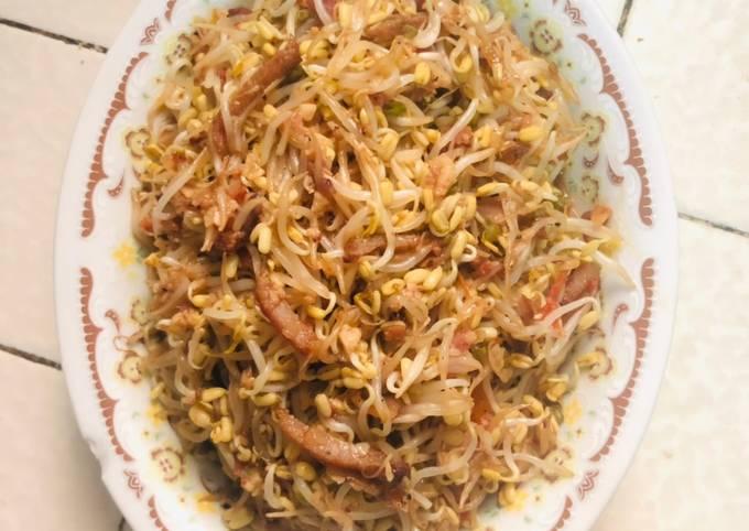 Mung Bean Sprouts Veggie Stir Fry
