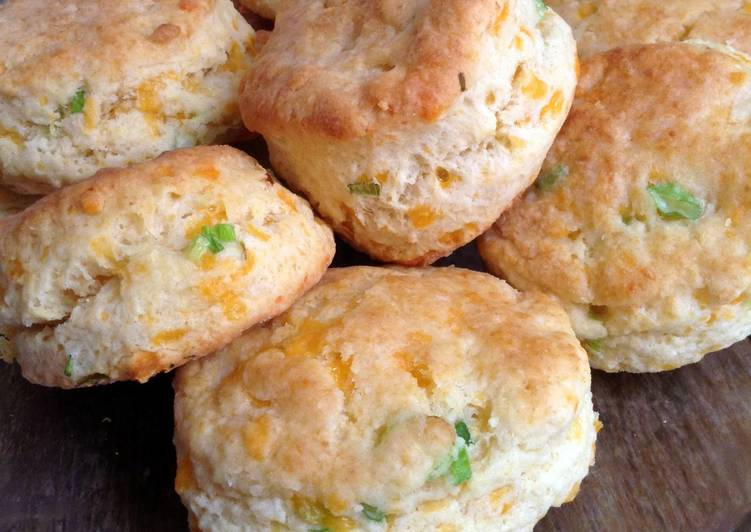 Step-by-Step Guide to Cook Old Fashion Biscuits Yummy