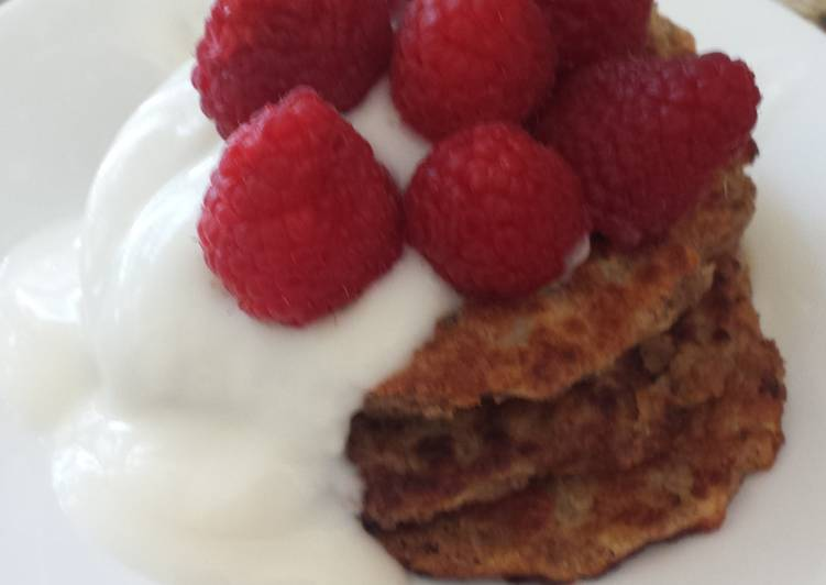 Recipe: Perfect Vegan apple wheat pancake topped with yogurt and berries