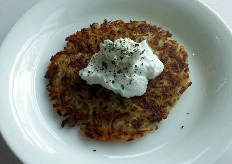 Discover How to Elevate Your Mood with Food Crispy potato with Greek yogurt