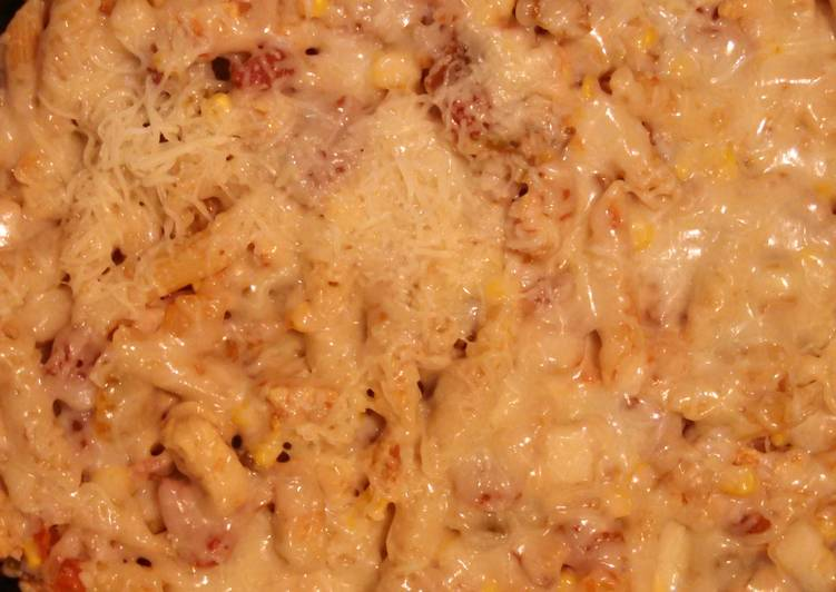 Recipe of Perfect Cheesy Chicken & Salsa Skillet