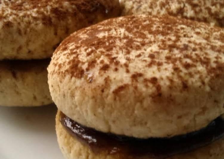 Vickys Tiramisu Sandwich Cookies, GF DF EF SF NF