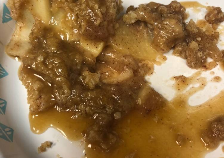 Easiest Way to Make Any-night-of-the-week Apple Crisp with Caramel Sauce