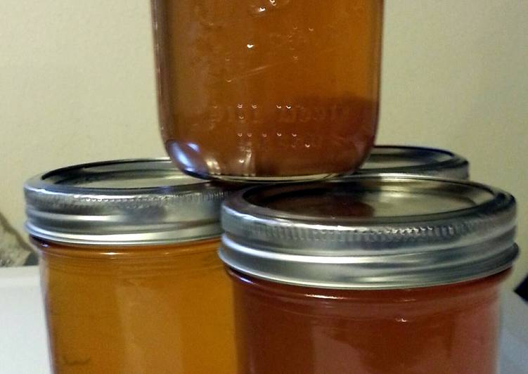Easiest Way to Prepare Super Quick Homemade Tinklee's Apple Pie Moonshine