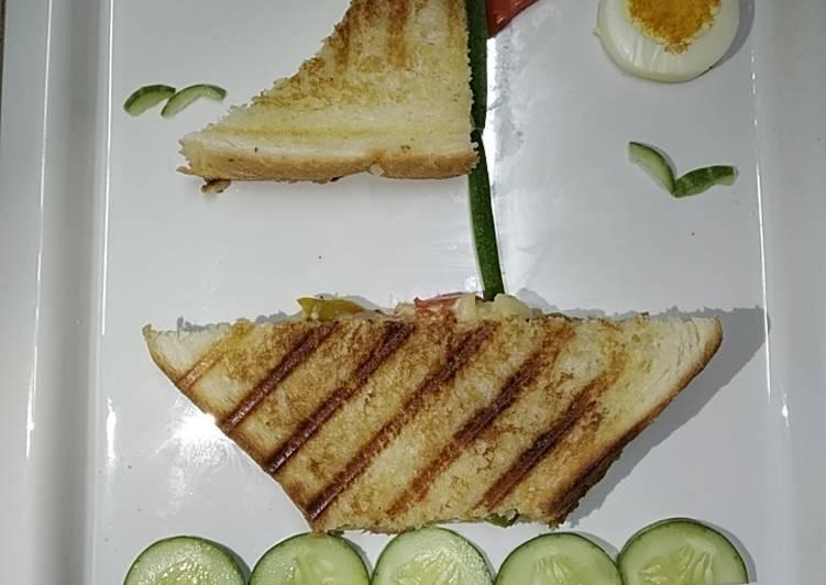 Mayo boat sandwich
