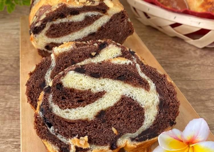 Zebra Bread with Almond - empuk enak banget -recomended