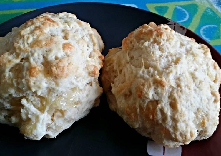Easy cheesy scones