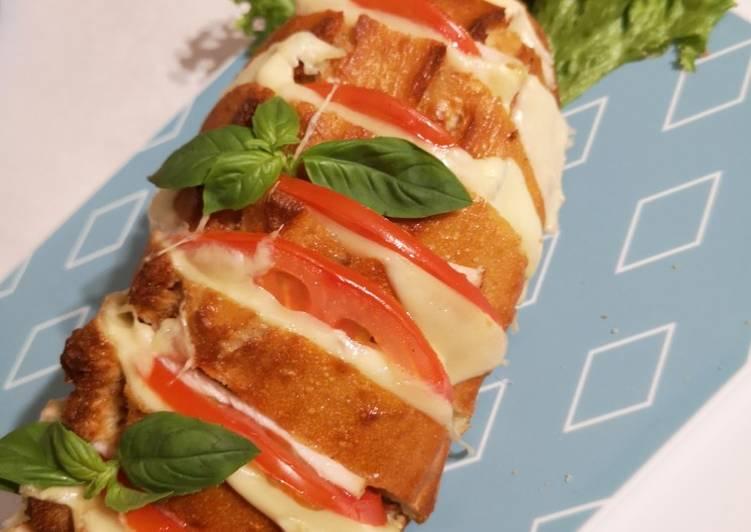 Roti baguette daging asap keju