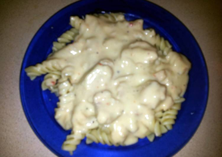 Crockpot Zesty Italian Chicken Pasta