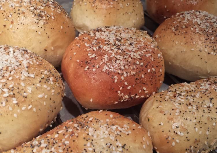 Bread Maker Everything Hamburger Buns