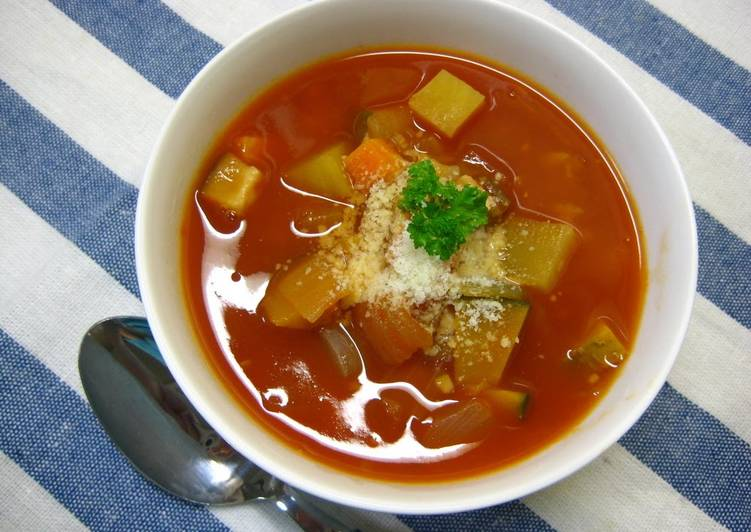 Easy Minestrone made with Tomato Juice