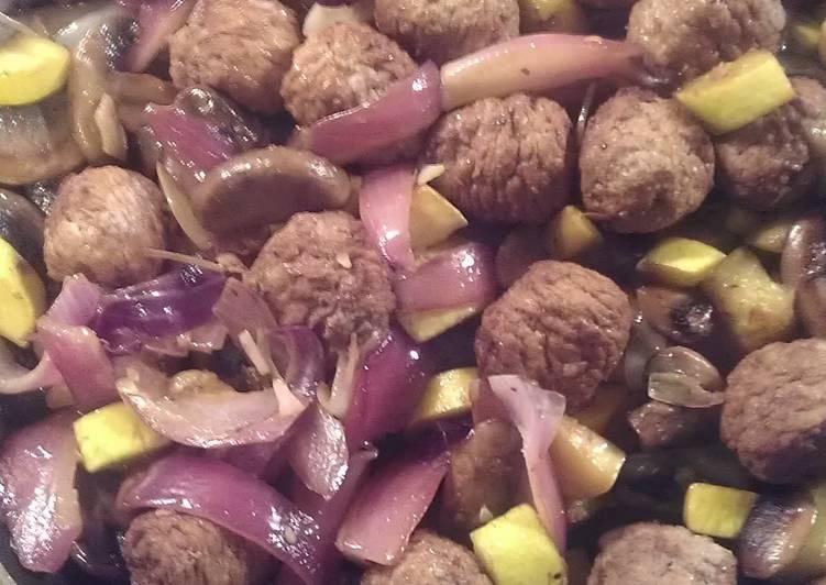 Debz Meatball, Gravy & Rice