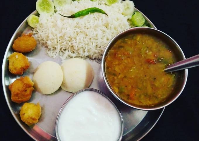 South Indian Platter Sambhar Rice Idli Vada