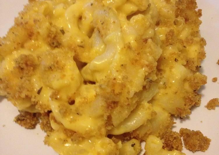 Homemade Macaroni & Cheese