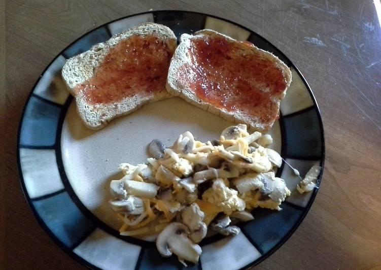 Easiest Way to Make Delicious Mushroom Omelet