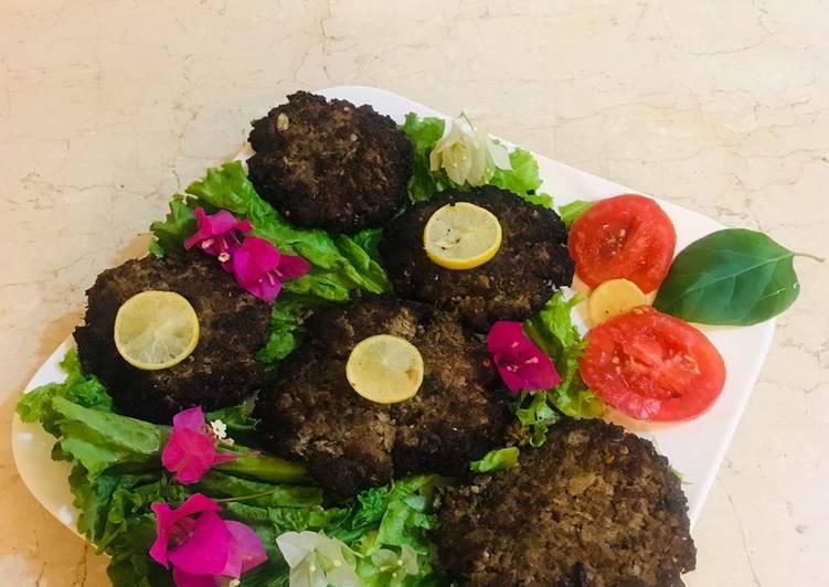 Peshawari chapli kabab - Laurie G Edwards